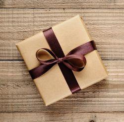 Приворот и подарок